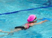 J'apprends à nager …