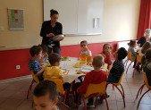 A table avec les Maternelles du Pradelet