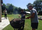 Chantier Jeunes : Aprés l'effort le barbecue !