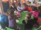 Avec les petits au Centre de Loisirs